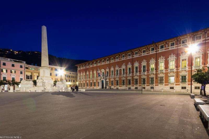 Piazza Aranci Massa